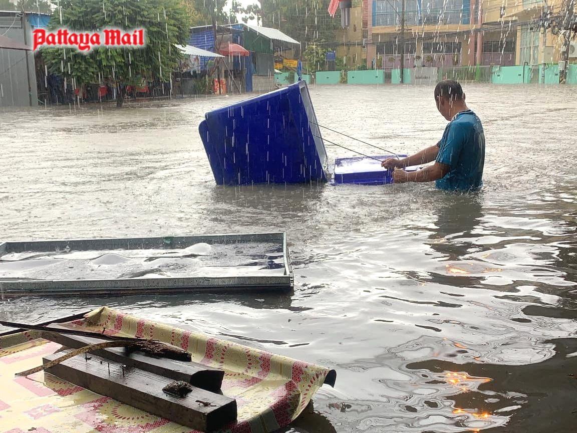 Pattaya-floods-pic-4.jpg