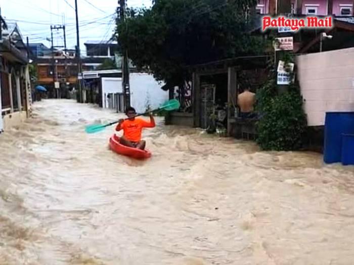 Pattaya-floods-pic-6.jpg